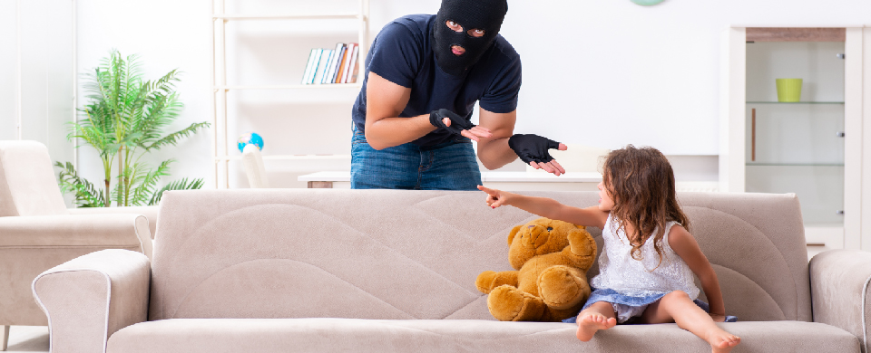 persona-e-famiglia-canciani-assicurazioni-furto-rapina-estorsione-100
